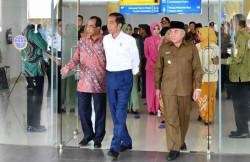 Jokowi Resmikan Dua Bandara Baru di Kalimantan