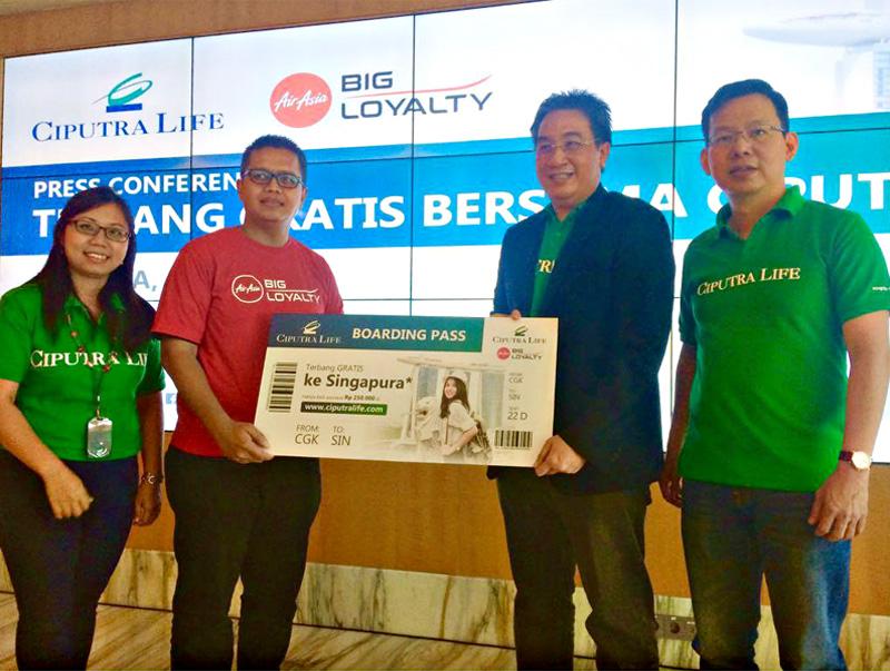 AirAsia Beri Tiket Gratis Pada Nasabah Ciputra Life