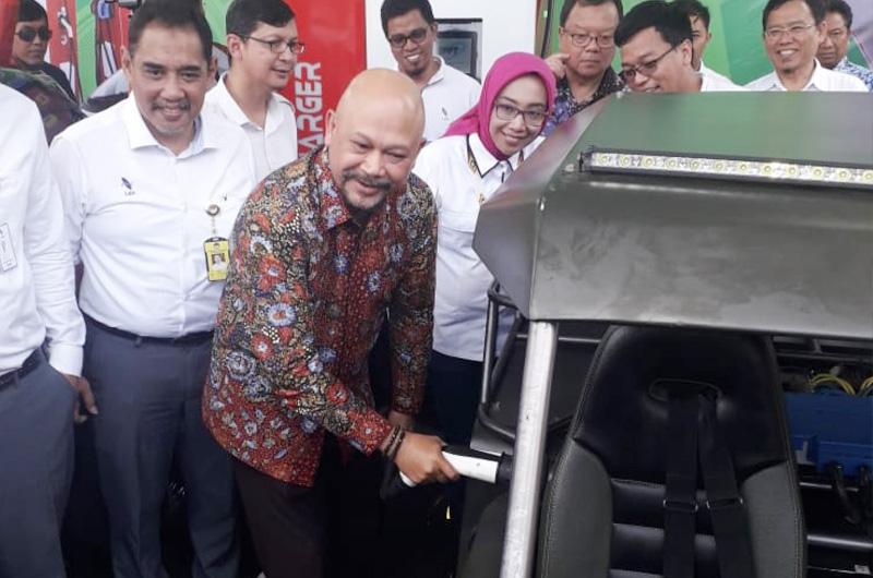 BPPT dan LEN Resmi Luncurkan SPKLU di Bandung