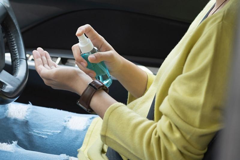 Catat, Jangan Tinggalkan Hand Sanitizer di Dalam Mobil
