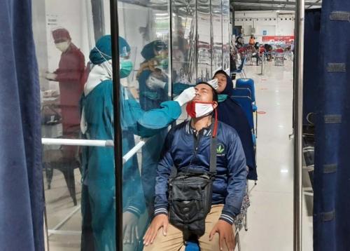 Catat, Tarif Rapid Test Antigen di Stasiun Turun Jadi Rp 45.000