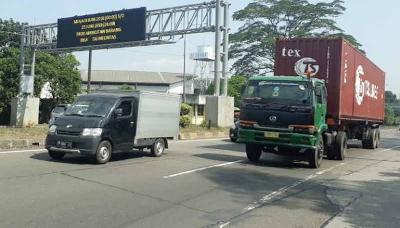 Curhat Pengusaha Truk, Dari Premanisme Hingga Tol Trans Jawa