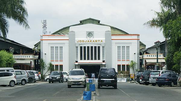 Dongkrak Wisatawan Stasiun Tugu Dan Lempuyangan Yogyakarta Di Poles