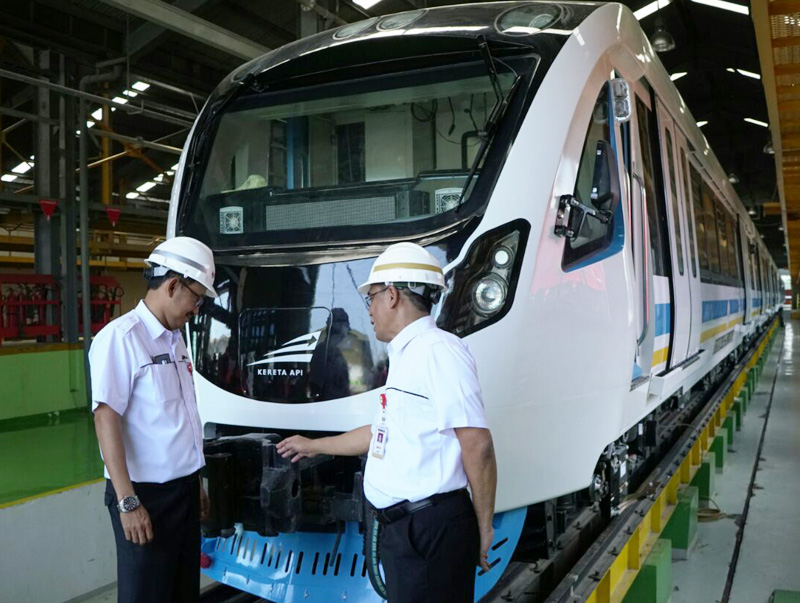 Dukung Asian Games 2018, PT INKA Segera Uji Coba Kereta LRT Sumatera Selatan