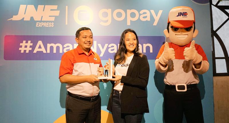 GoPay Hadir di Lebih 7000 Gerai JNE