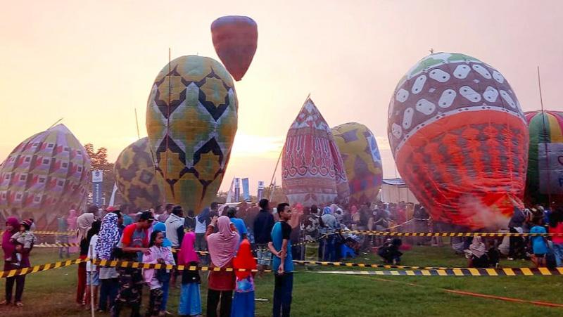 Ingat! Pelepasan Balon Udara Besar Harus Taati Aturan