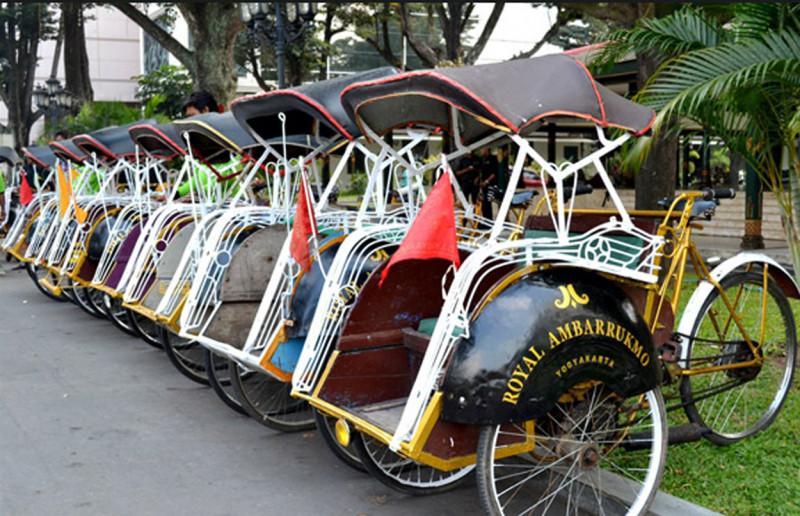 ITW: Dukung DPRD DKI Jakarta Tolak Becak Kembali Beroperasi