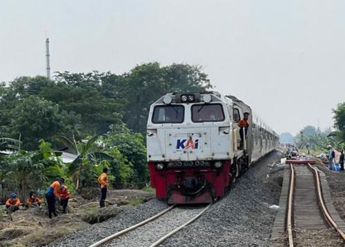 Jalur Sudah Aman, KA di Daop 1 Jakarta Sudah Kembali Beroperasi