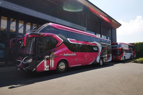 Karoseri Laksana Kirim Dua Bus Suites Class ke PO Sahaalah