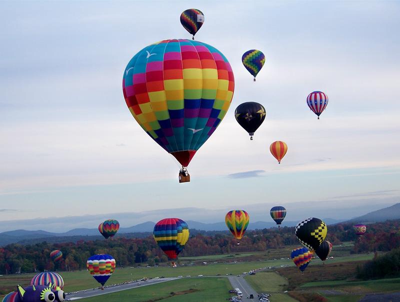 Kemenhub Akan Buat Aturan Soal Pelepasan Balon Udara