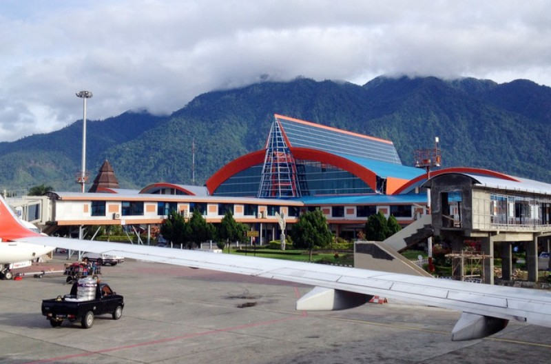 Kemenhub Akan Buka Jalur Trans Udara Papua 2018