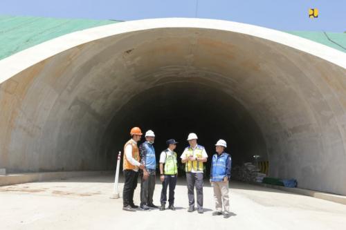 Kementerian PUPR Kebut Proyek Tol Cisumdawu