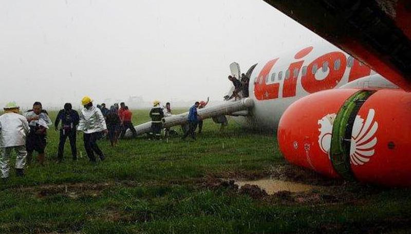 Lion Air Over Run, Runway Bandara Supadio Ditutup Sementara
