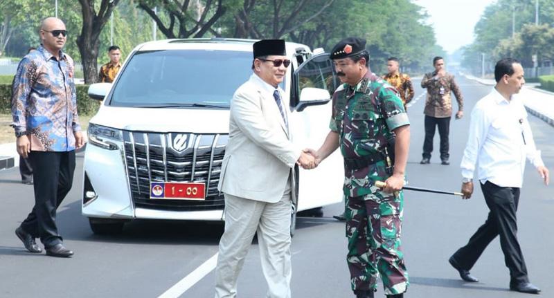 Menhan Prabowo Subianto Ingin Indonesia Buat Kapal Selam dan Pesawat Tempur