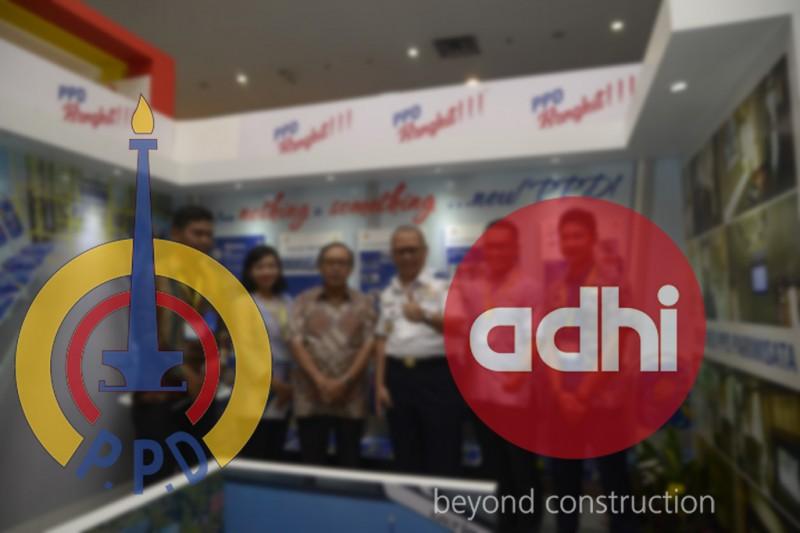 MoU Perum PPD & Adhi Karya di Pameran Transportasi & Infrastruktur Indonesia 2017