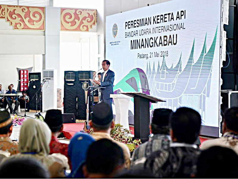 Presiden Resmikan KA Bandara Minangkabau Ekspres