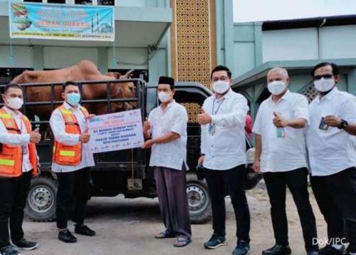 Sambut Idul Adha di Tengah Pandemi, IPC TPK Distribusikan Hewan Kurban
