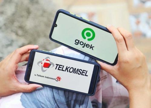 Sinergi Gojek dan Telkomsel Terus Perkuat Produktivitas Mitra UMKM Hadapi Pandemi